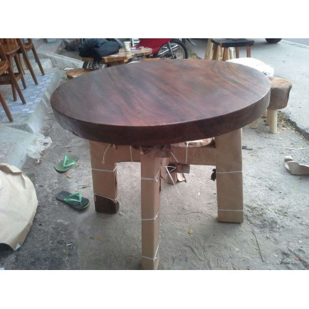 Trembesi Round Table