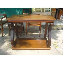 Table S Karawaci
